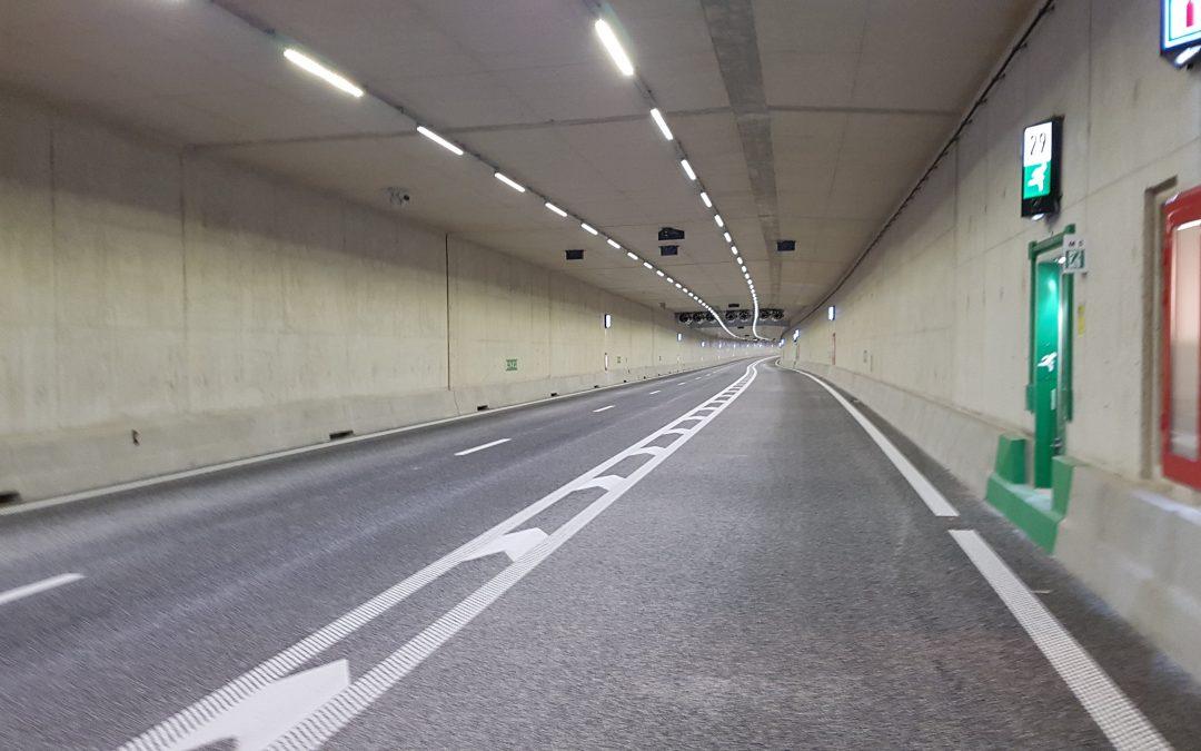 *BREAKING NEWS* Extra afstand door de tunnel